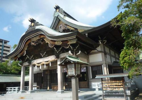 神社・亀山八幡