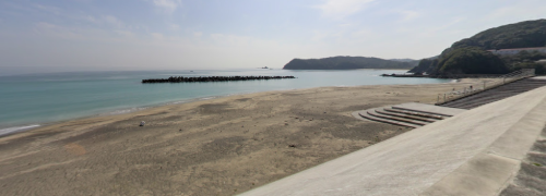 半世界ロケ地『南張海水浴場』