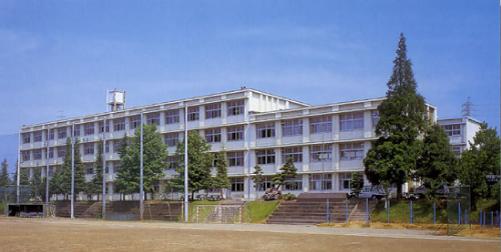 明日にかける橋ロケ地『袋井商業高校』