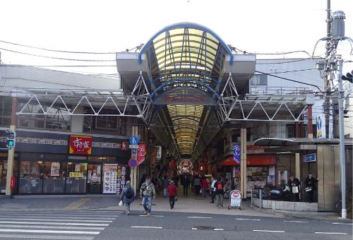 来るロケ地『弘明寺商店街』