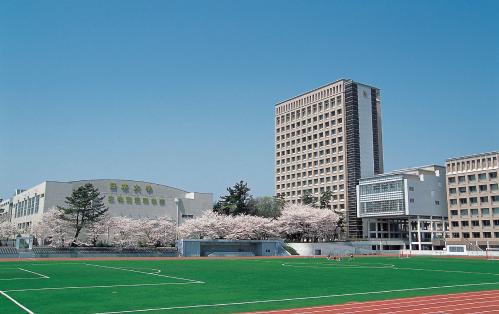僕とシッポと神楽坂ロケ地『日本大学生物資源科学部』