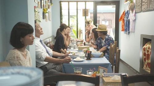 孤独のグルメ杉並区阿佐ヶ谷ハワイ料理『ヨーホーズカフェラナイ』店内